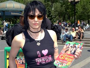 Joan Jett promotes PETA