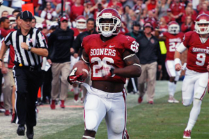 OU running back Damien Williams scores on a 69-yard touchdown run against Iowa State on Saturday in Norman.