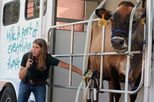 MilkingDemonstration