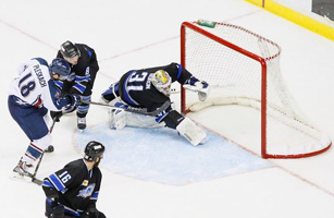 Adam Pleskach scores on Wichita goalie Tim Boron on Wednesday night - Photo: Kevin Pyle