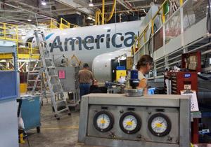 American Tulsa Maintenance Base works on Boeing 737