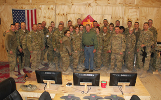 Sen. Inhofe with Oklahoma's Army National Guard
