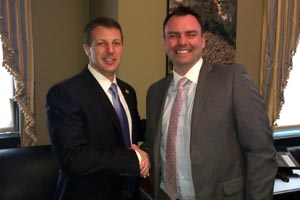 Rep. Mullin and Michael Nasche of Baker Hughes