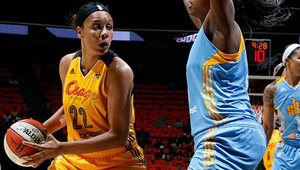 Plenette Pearson added 19 points in the 101-93 Shock victory over Chicago Saturday night. Photo: Shock