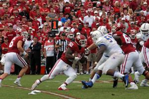 Samaje Perine had 152 yards rushing in Saturday's win over Tulsa.