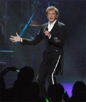 Barry Manilow, BOK Tulsa. Photo by Greg Duke
