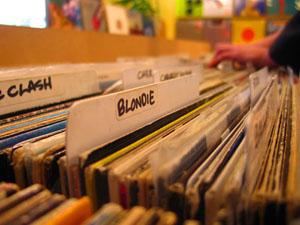 recordsSales