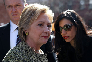 Hillary Clinton with aid Huma Abedin